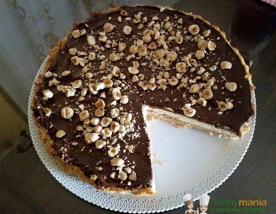 Torta algida Bimby, ecco come trasformare il classico cornetto gelato in una fresca e golosa torta facile da fare, veloce e buonissima! Ingredienti: 400 gr di biscotti