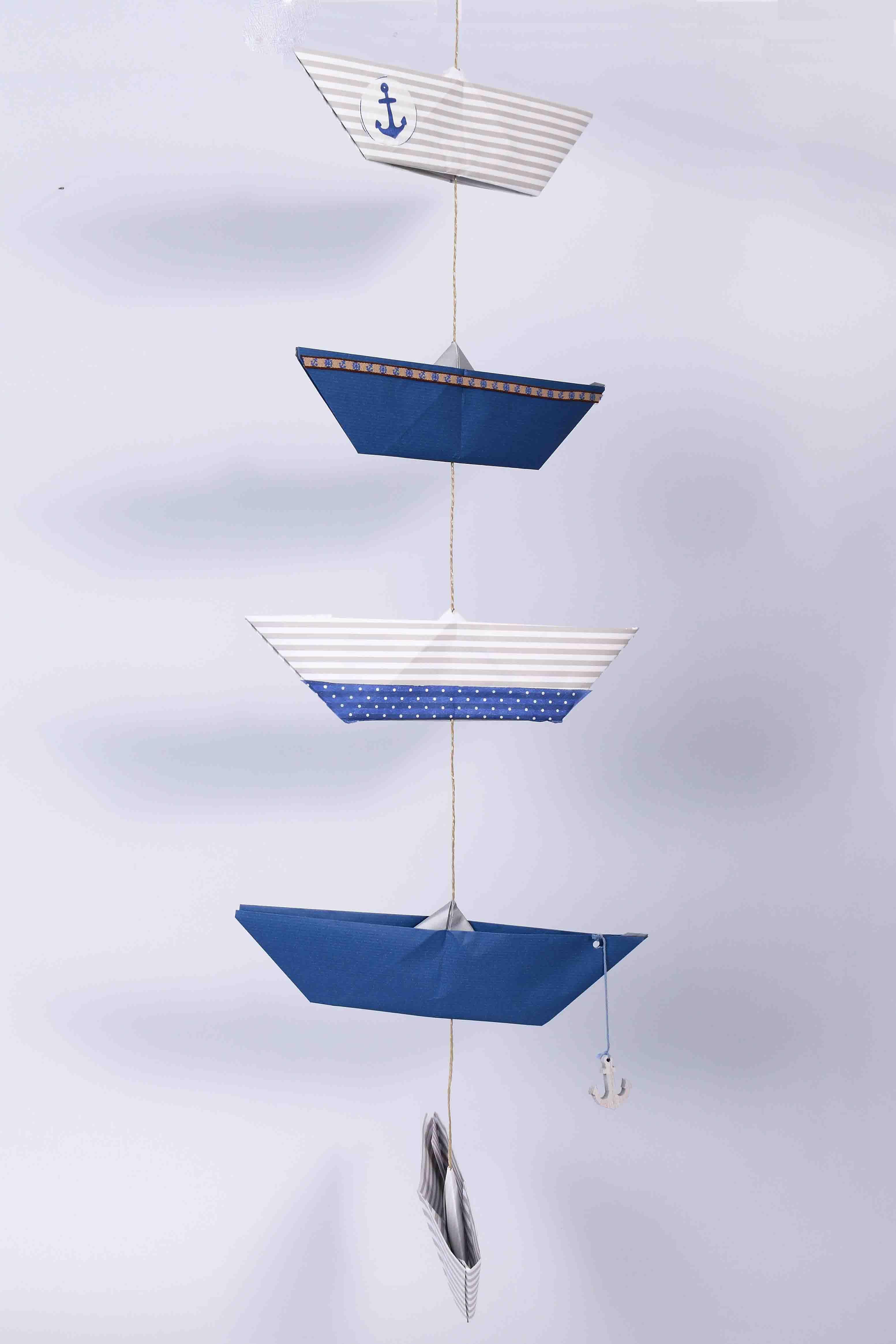 origami schiffchen faltboot papier schiff girlande kette maritim diy howto craft folt. Black Bedroom Furniture Sets. Home Design Ideas