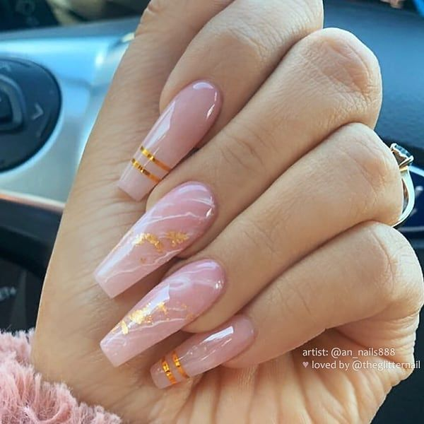 2 412 Likes 5 Comments Theglitternail Get Inspired Theglitternail On Instagram Rose Qu Gold Acrylic Nails Rose Quartz Nails Best Acrylic Nails