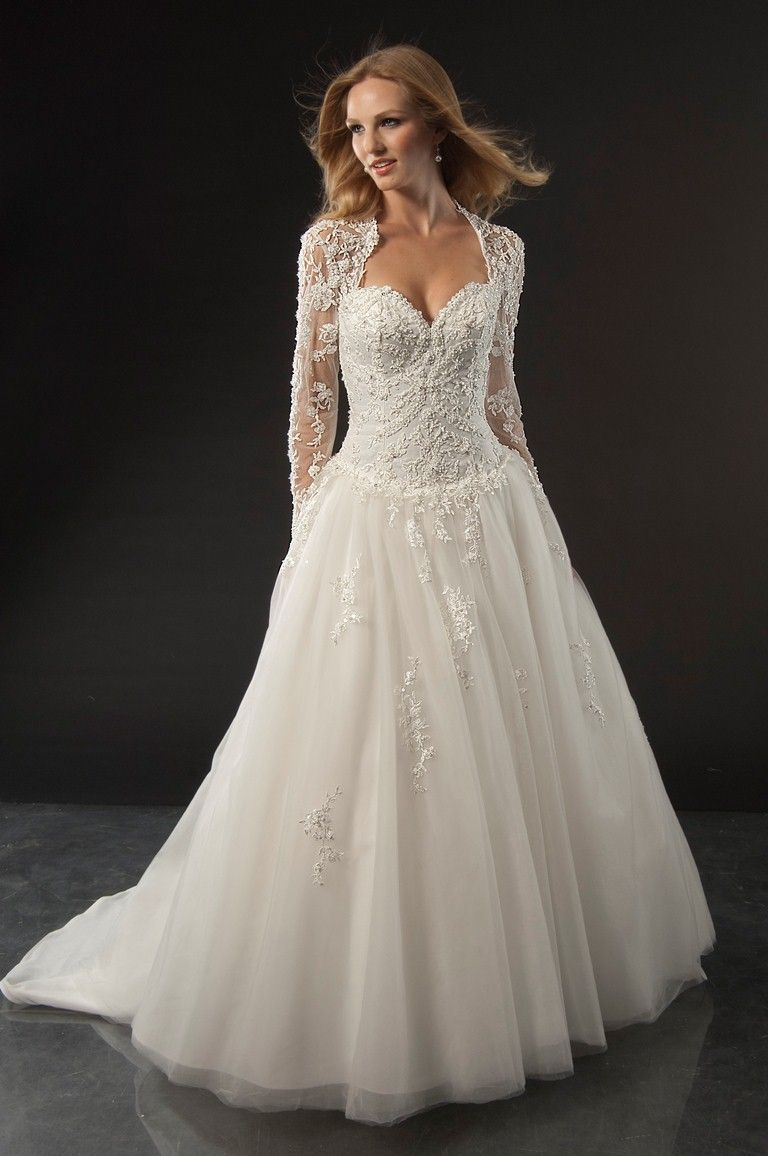 Pretty Long Sleeve Wedding Gown With Beautiful Beaded