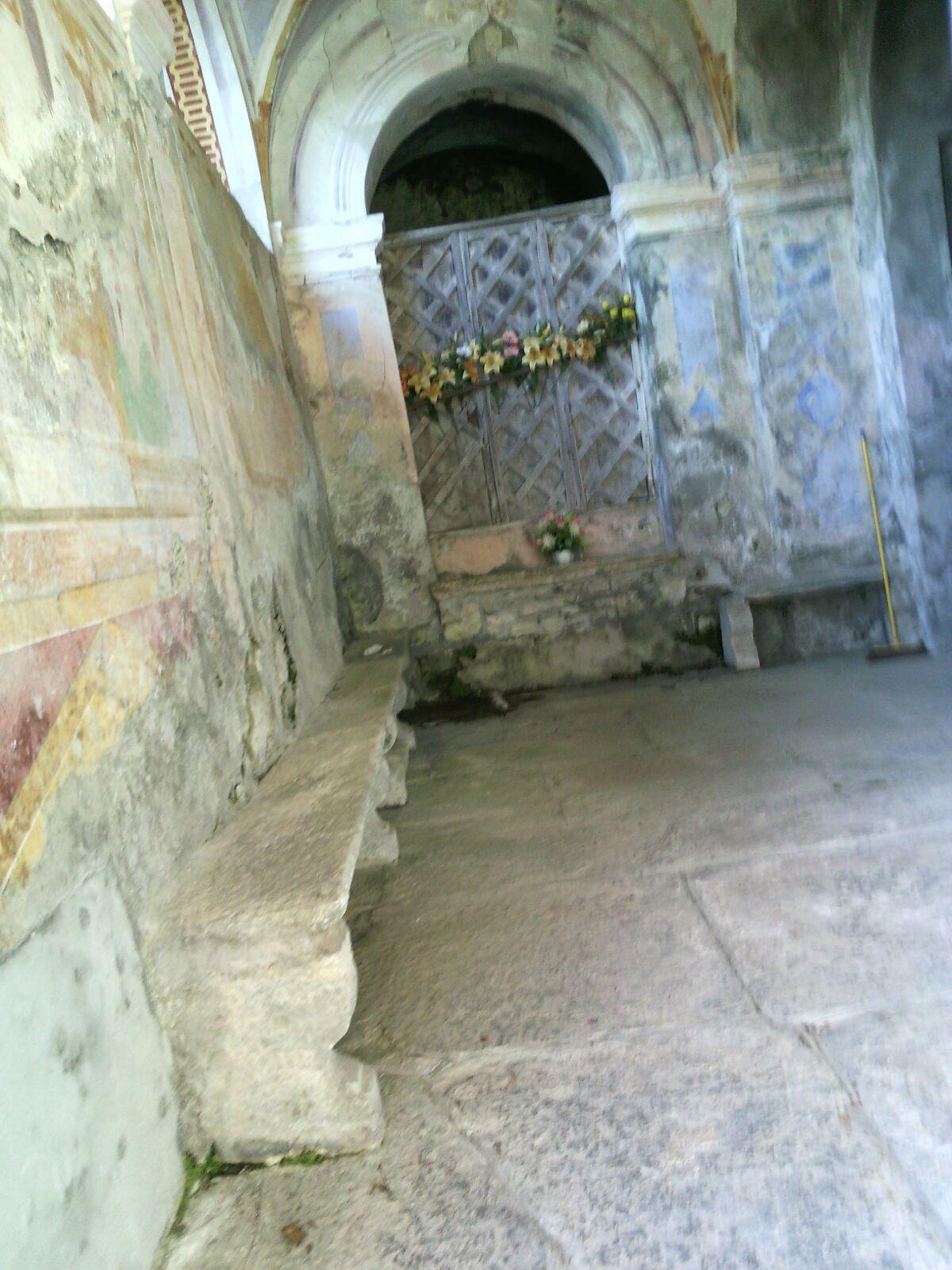 Cimitero di Scaria.