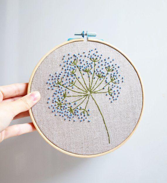 Fleurs sauvages bleues broderie cerceau art mur floral art de | Etsy