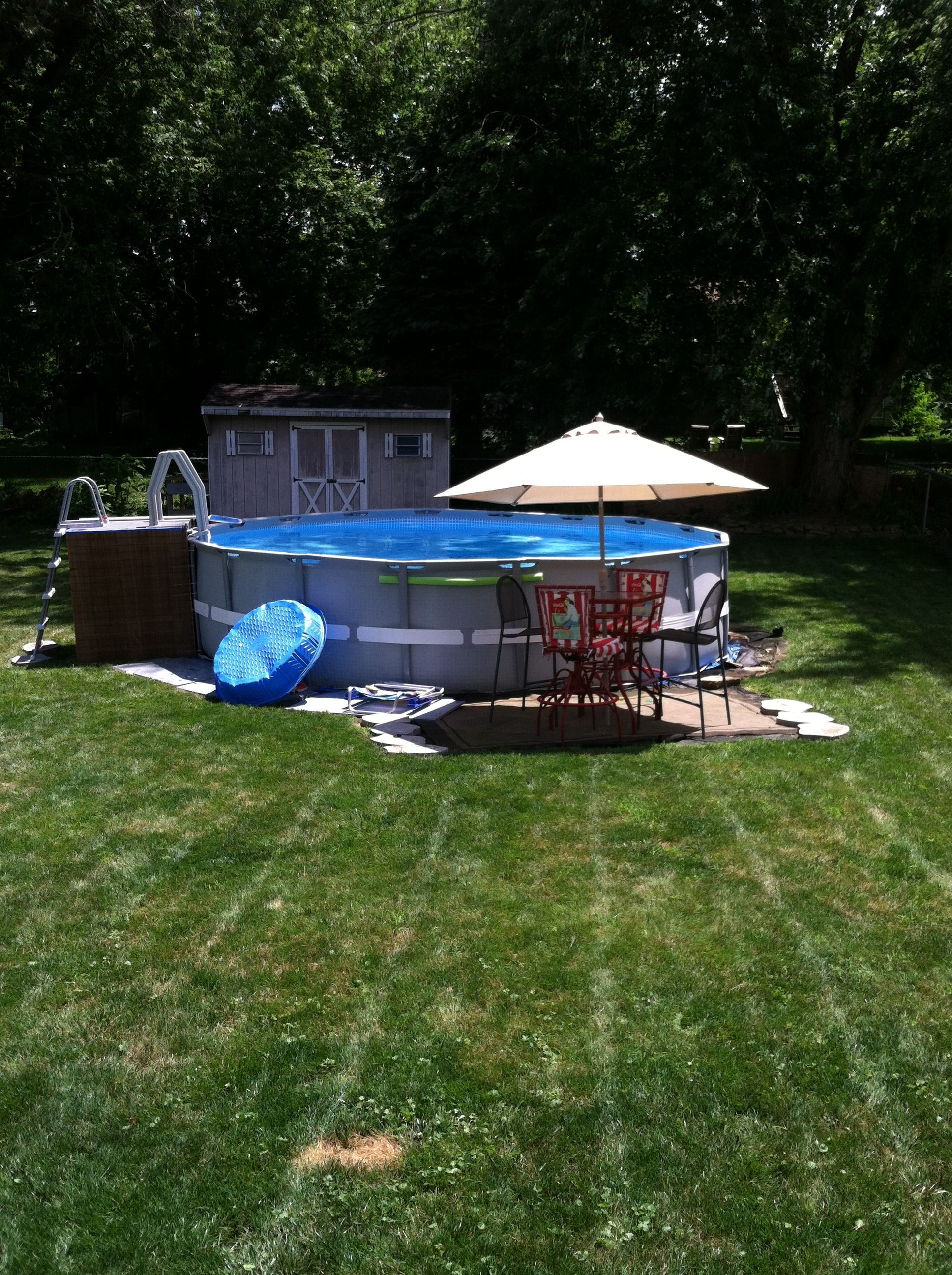 Diy Pallet Pool Deck Finished Project