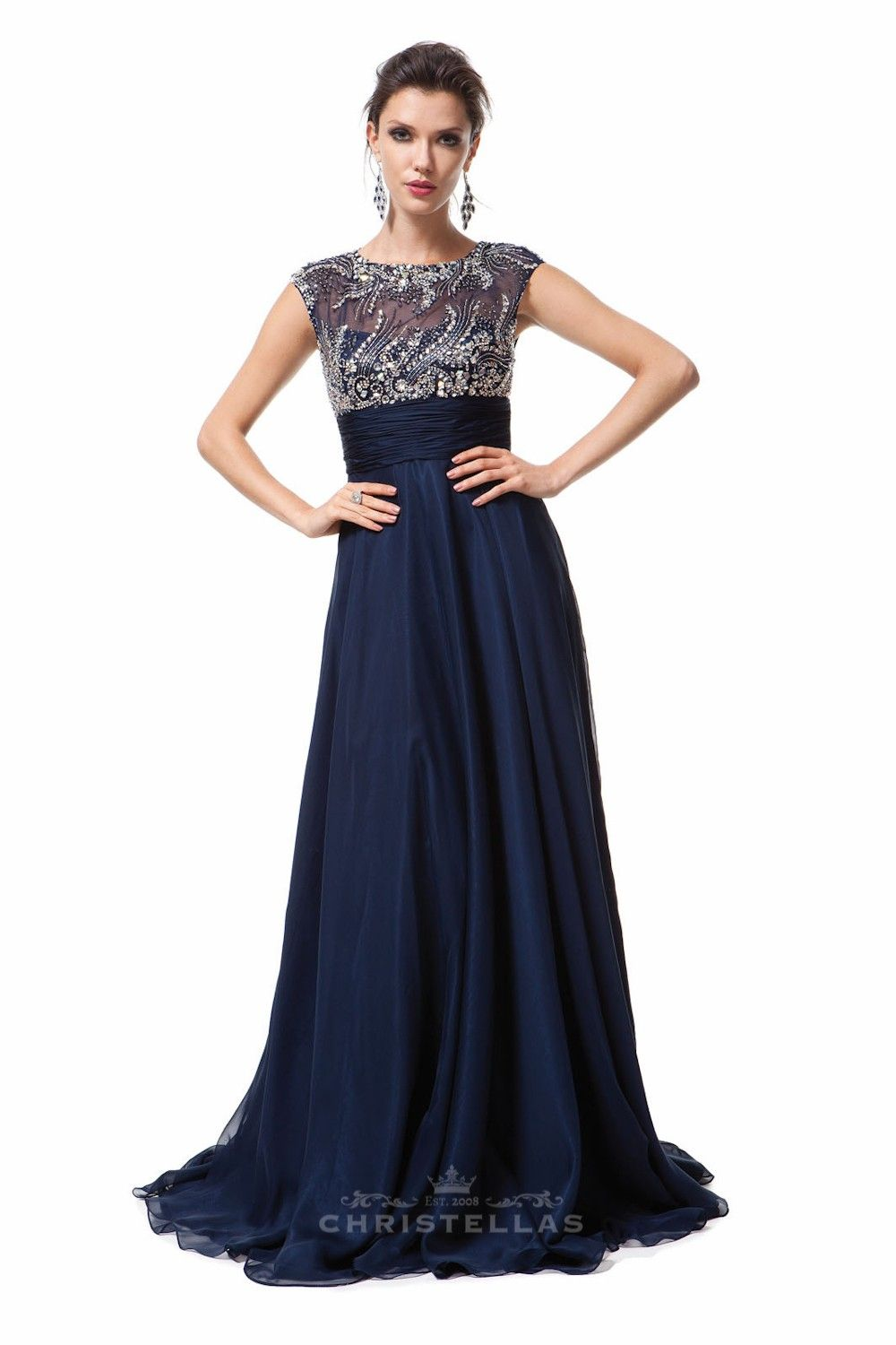 This dazzling dress is sure to wow the crowd with it's