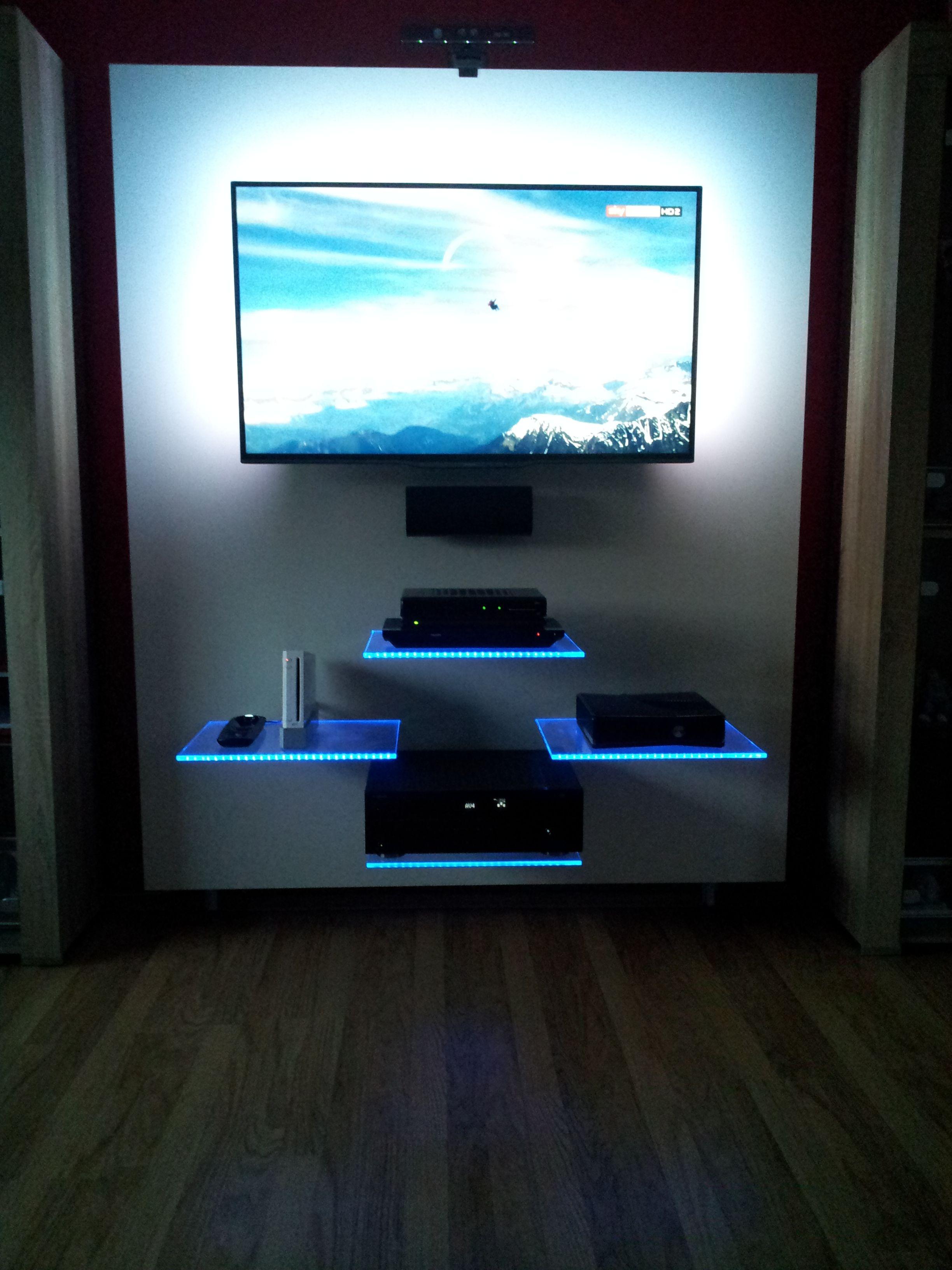 Schwenkbare Tv Wand Mit Glaskanten Led Beleuchtung Tv Wand Led Beleuchtung Glasboden