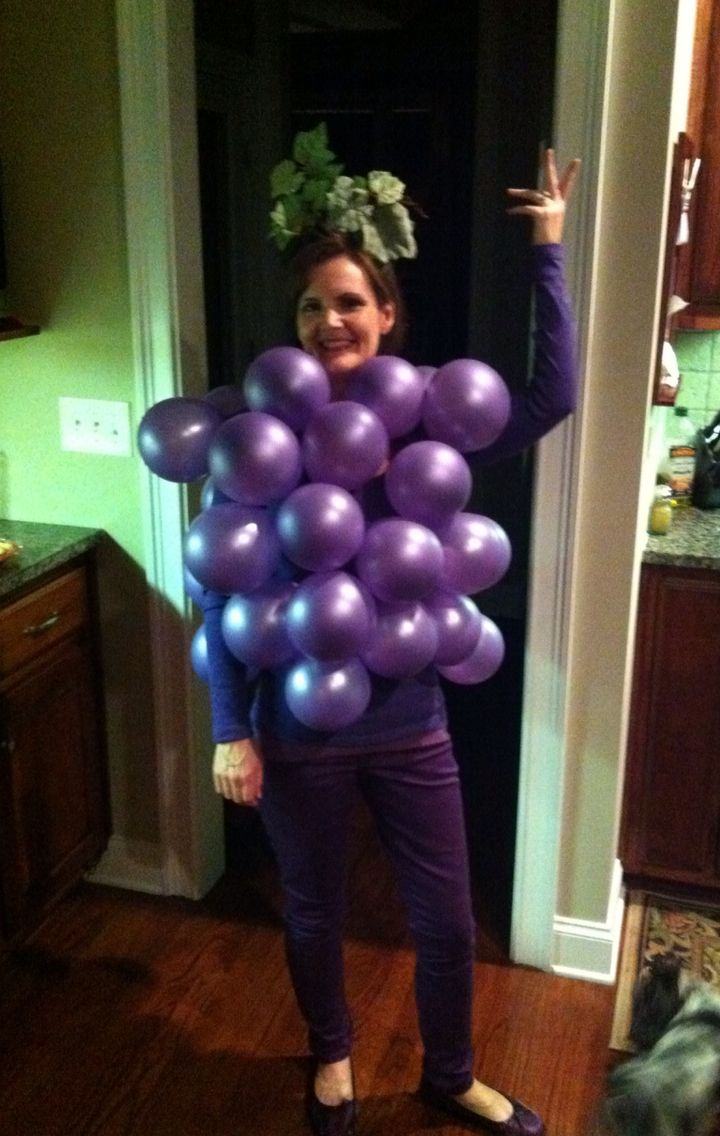 Easy Grapes Costume simply purple balloons safety pinned