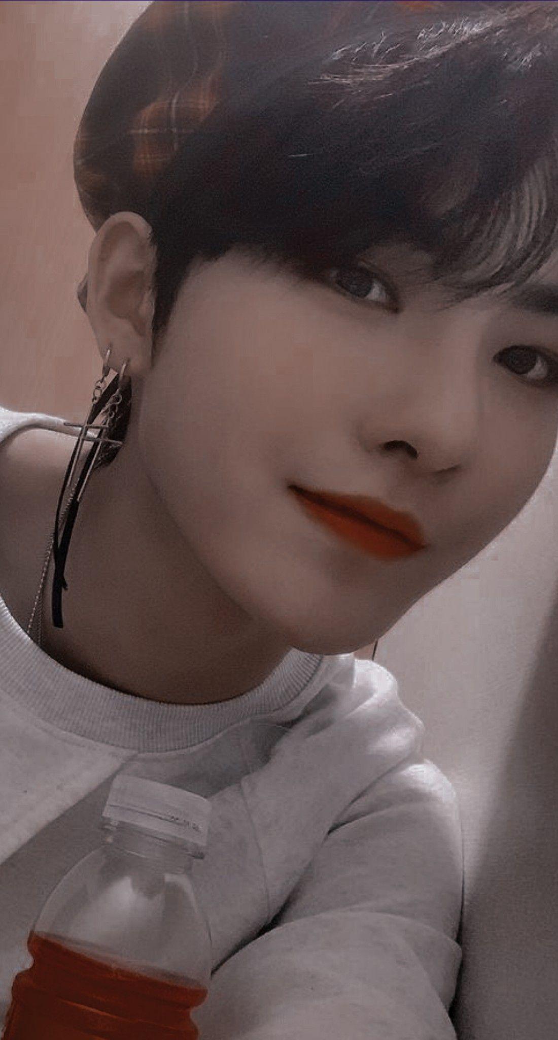 Pin By Deobiws On Hwall Kpop Idol Idol Clear Skin