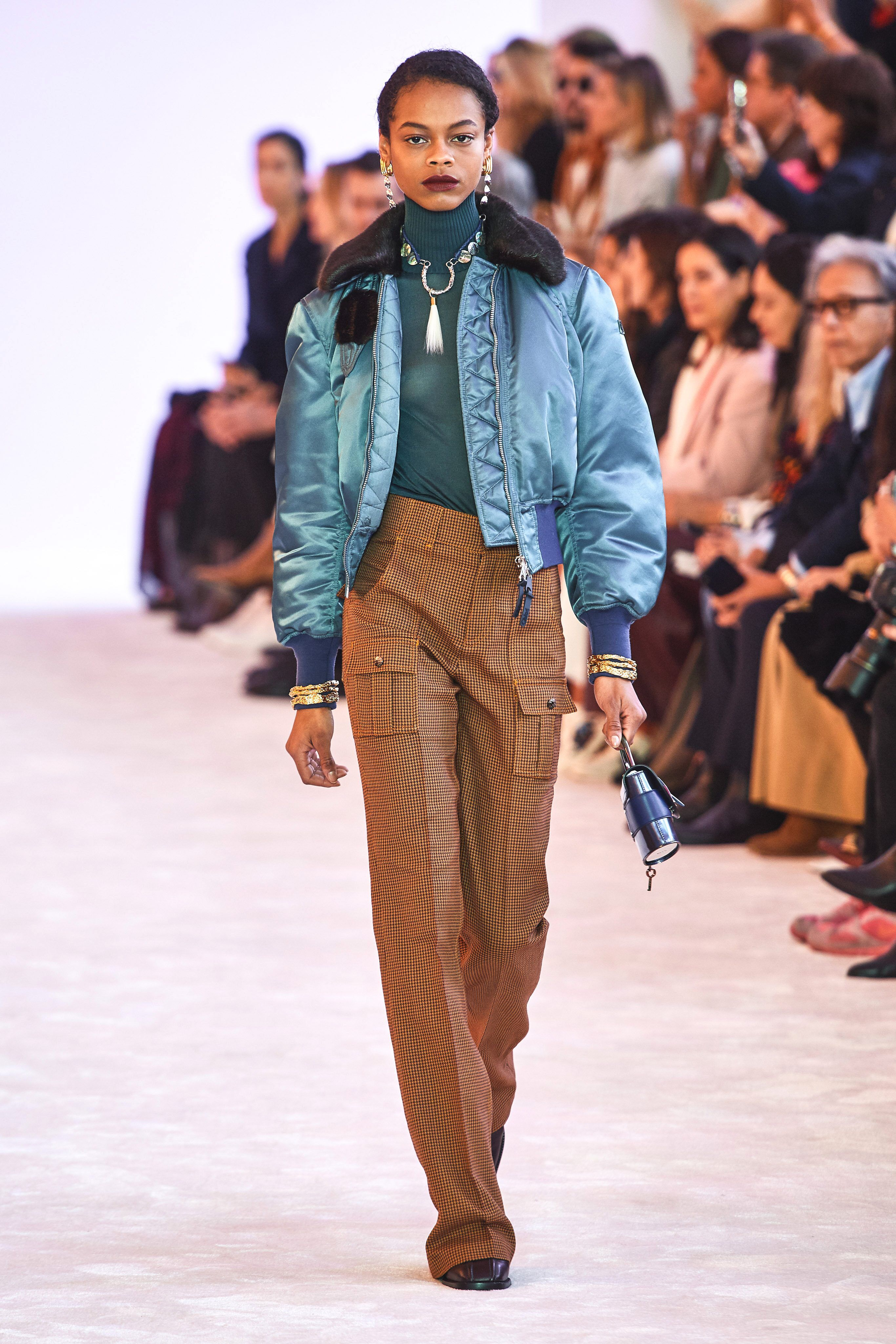 Chloé Fall 2019 Ready-to-Wear Fashion Show Collection: See the complete Chloé ...