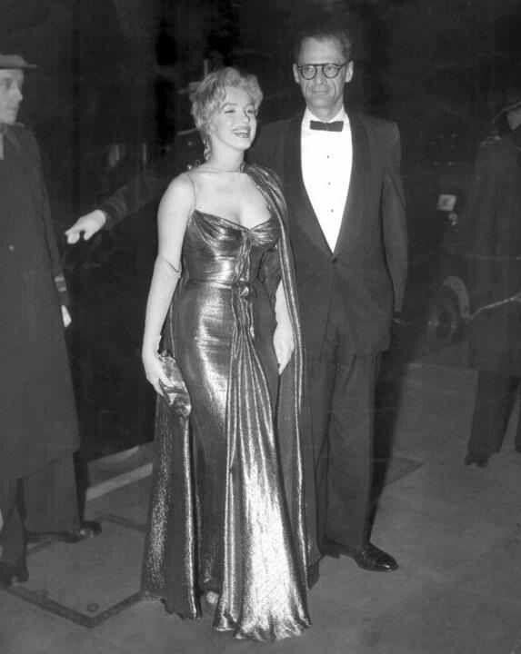 10 29 56 Marilyn Monroe Royal Films Actresses