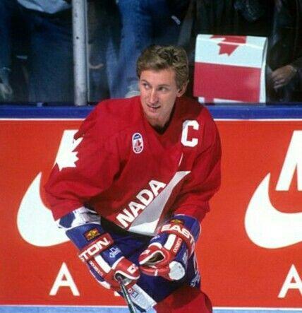 competitive price ed016 8aa58 Wayne Gretzky | Fandoms | Canada hockey, Olympic hockey ...