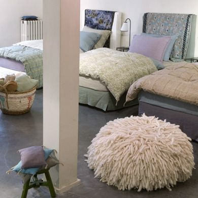 Caravane chambre produit linge de lit chambre d 39 enfant pinterest linge de lit caravane for Caravane chambre 19 linge maison