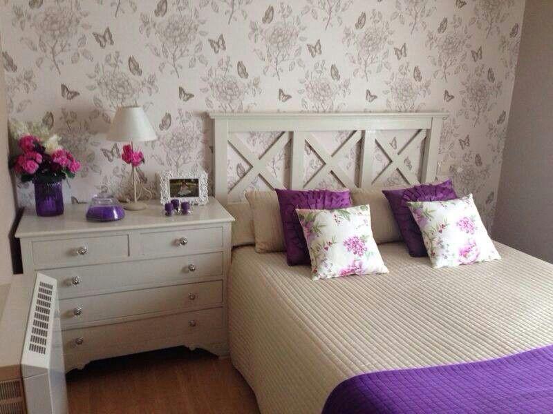 Dormitorio de estilo rom ntico papel decorativo disponible en tiendas leroy merlin - Papel decorativo leroy merlin ...
