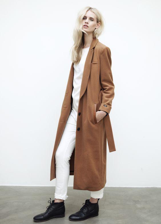 m File, long coat, minimal, white, www.emfashionfiles.com