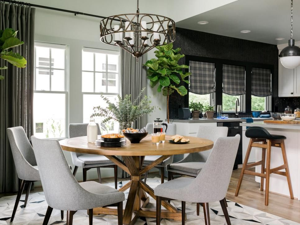 Dining Room Pictures From HGTV Urban Oasis 48 Traditional Extraordinary Hgtv Dining Room