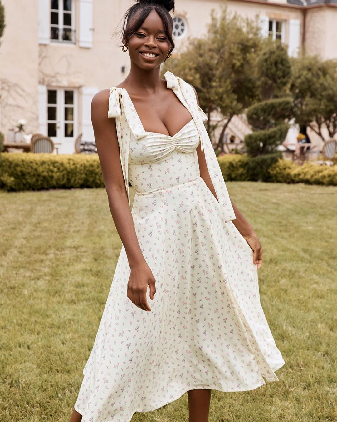 House Of Cb On Instagram Pretty Summer Vibe In The New Alicia Dress Also Available In Pink Shop H Summer Dresses For Women Floral Dress Summer Fancy Gowns [ 1350 x 1080 Pixel ]