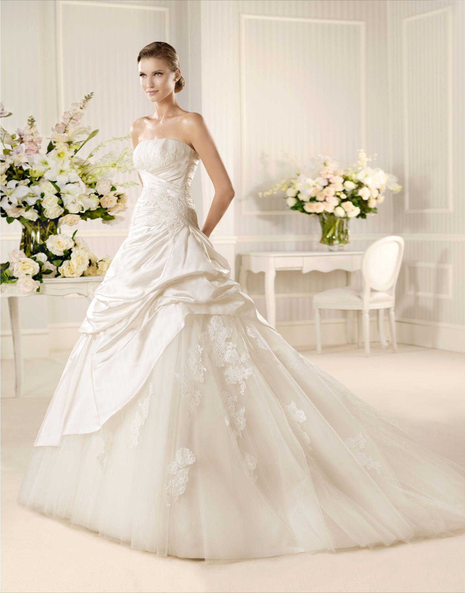 2013 La Sposa Mariposa at www.BridalGown.NET $1,714
