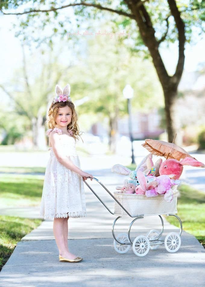 Children's Easter Styled Photo shoot.  www.pinkelliephotography.com #easter #bunnies #child #childphotographer #vintagebunny #vintageeaster #dollcake #photoshoot