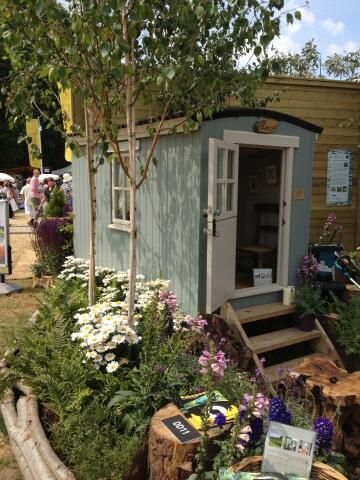 An Ashwood Childrenu0027s Hut   An Adventure At The Bottom Of The Garden!