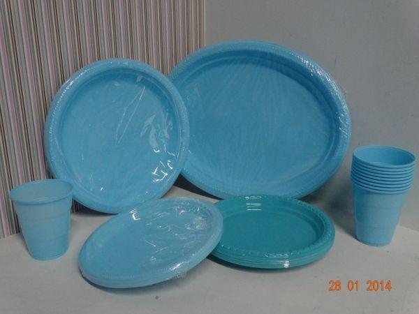 Bandejas Ovaladas Vasos Y Platos Desechables En Color Azul Cielo