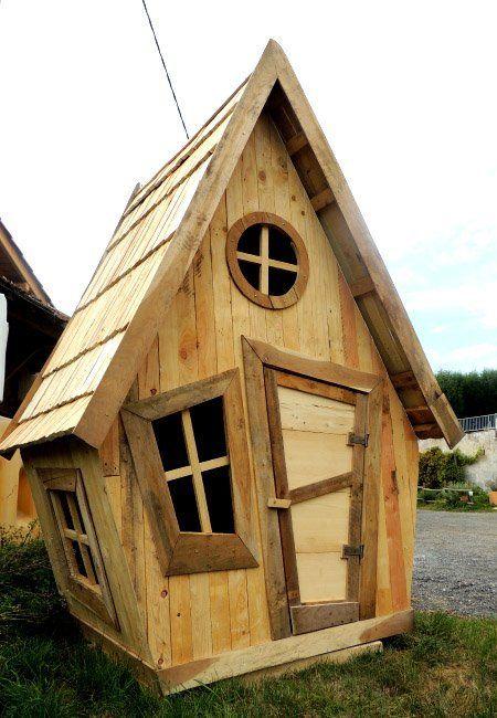 Palettes En Bois (avec images) | Cabane bois, Plan cabane en bois, Cabane bois enfant