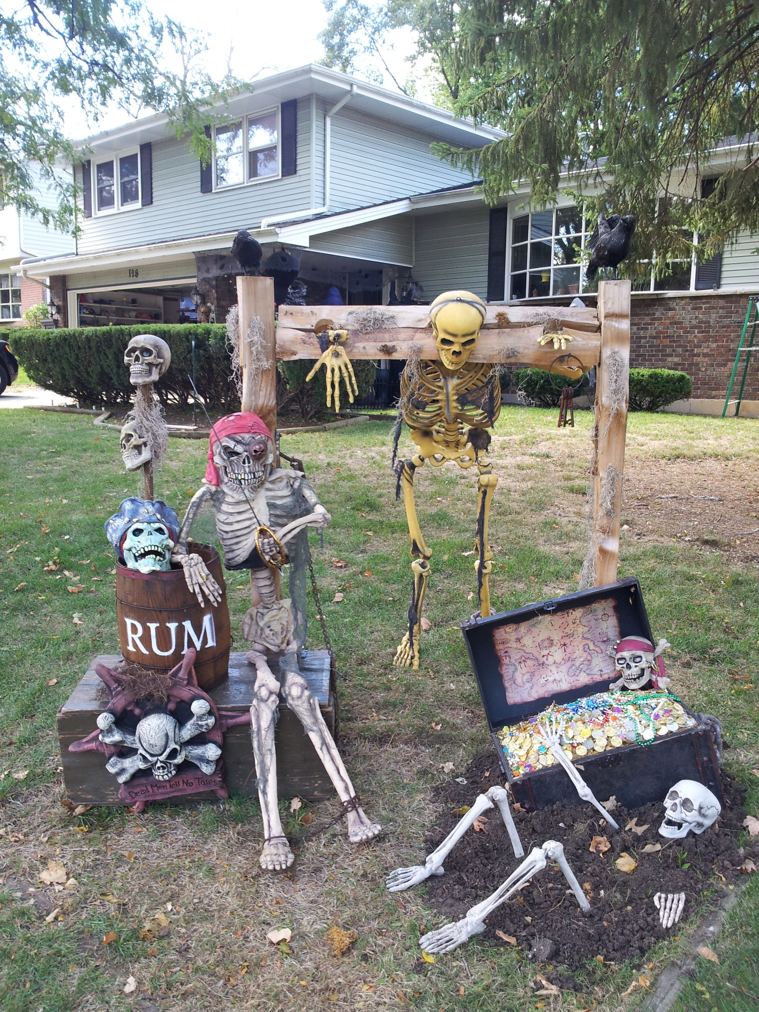 Pirates Cove In Haunted Hollows Halloween Outdoor Decorations Pirate Halloween Decorations Pirate Halloween Party