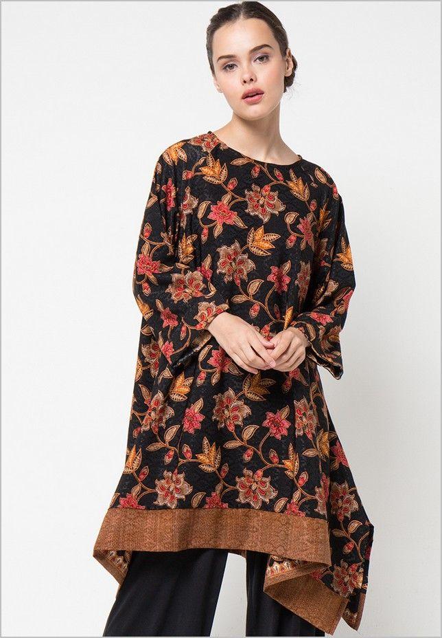 Pin by Fitri Riezan on Model Baju Batik  Kebaya Terbaru