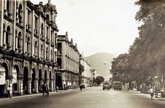 ... Hong Kong. Nathan Road near Haiphong Road c. 1935. The Dairy Farm Ice and Cold Storage Co. (left) is now the site of Manson House. & Nathan Road near Haiphong Road c. 1935. The Dairy Farm Ice and Cold ...