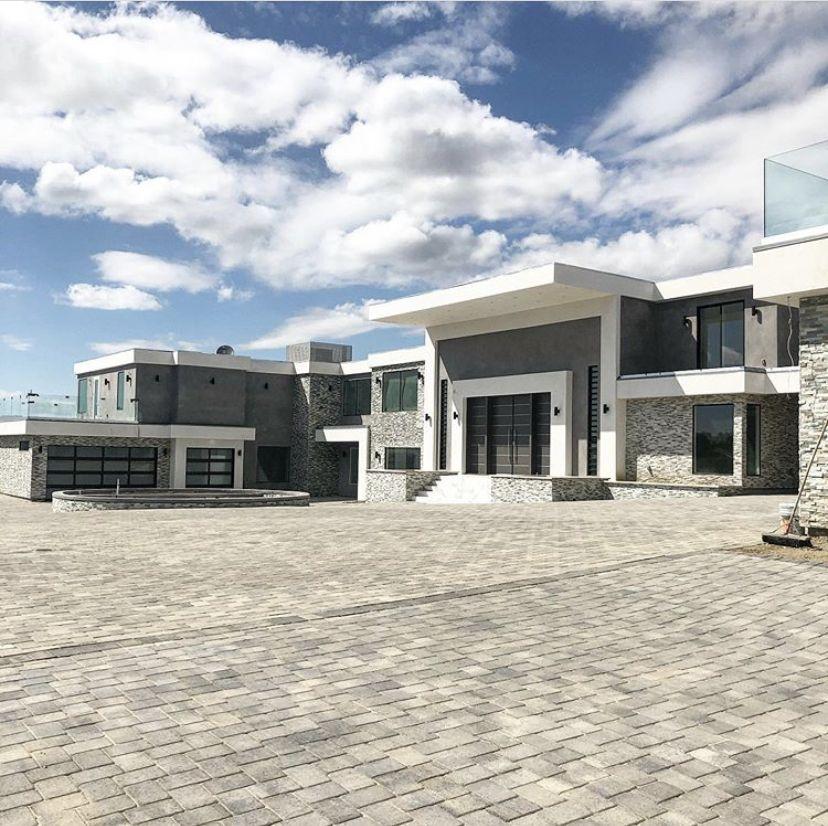 P I N T E R E S T Barbiitingz Celebrity Houses Luxury Homes Dream Houses Family House Plans