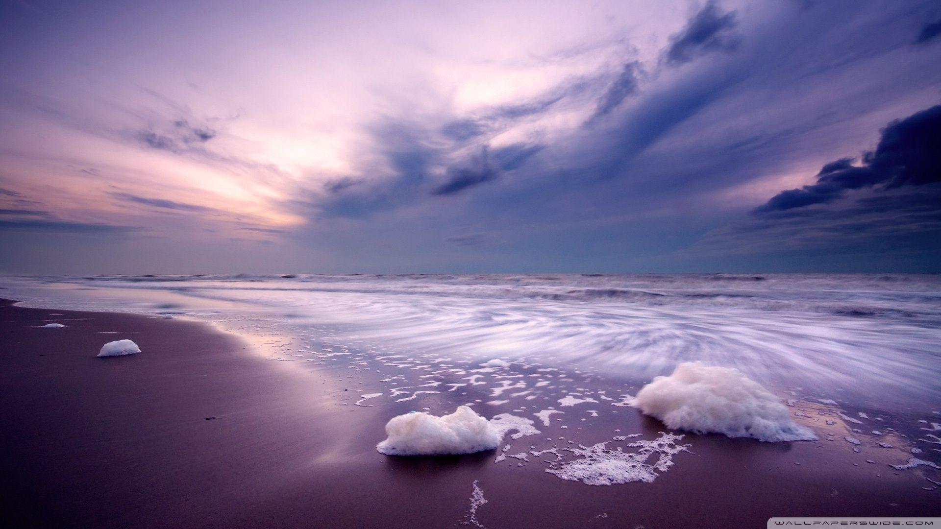Beautiful Purple Skies Over A Beautiful Ocean Ocean At Night Beach Landscape Beautiful Sky