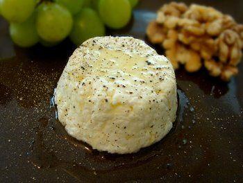 Temperarte: Mousse de queijo com alho