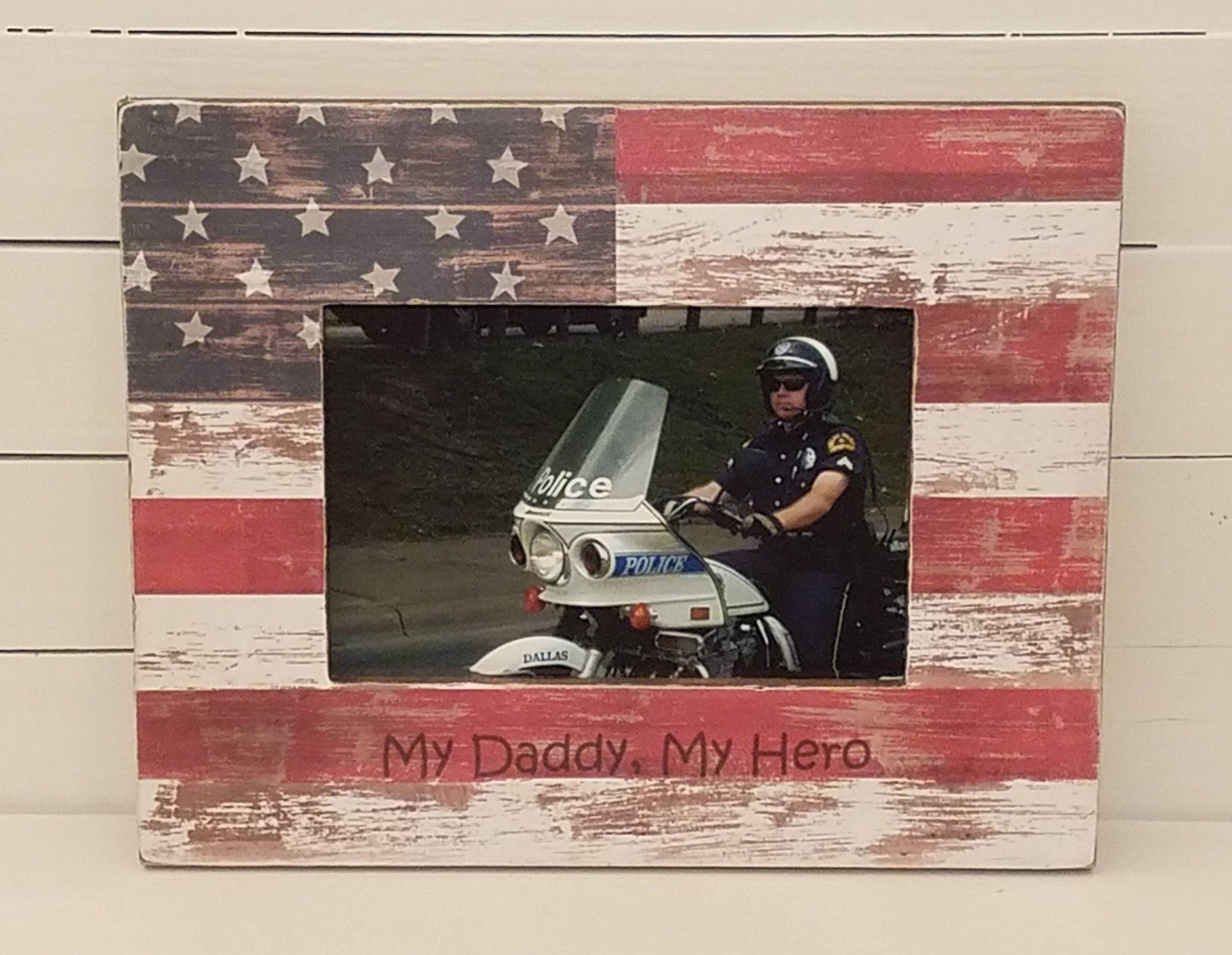 Personalized patriotic gifts #patriotic #militarygifts #policegifts #usveterans #christmasgiftideas #ustroops #usmarines #thankavet #armedforces # ...