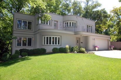 Marvin Herzog house built in 1939 in Highland Park. #DreamHome #RealEstate