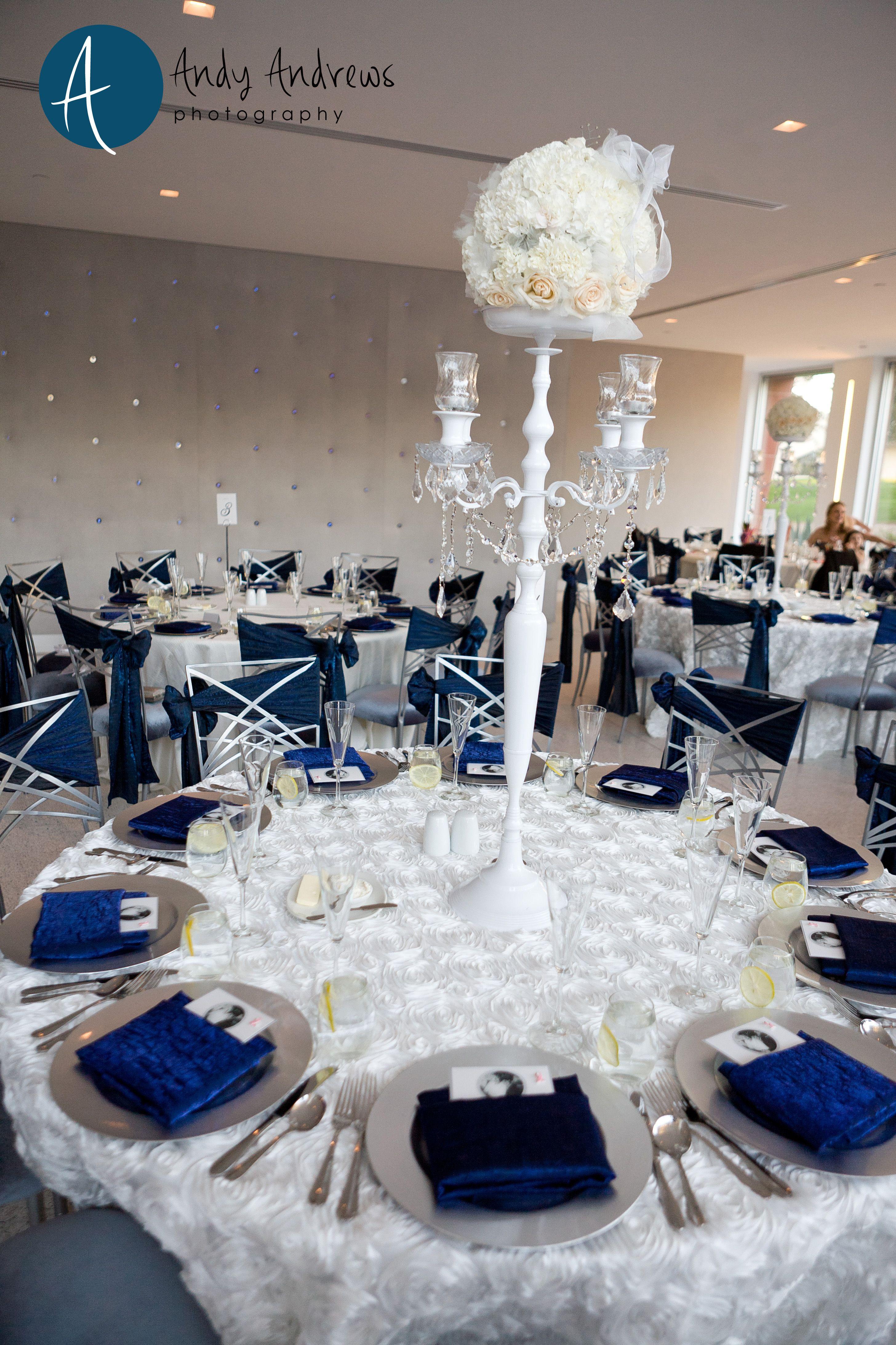 White Dining Table Linen With Blue Napkins Wedding Reception The Clayton On Park Scottsdale S Premier Venue Color Ideas