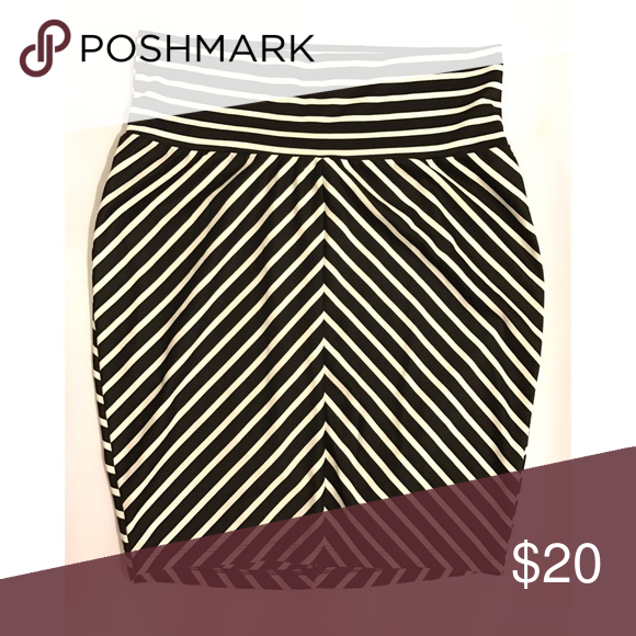 af65e866b3a Torrid mitered stripe high waist pencil skirt BNWT