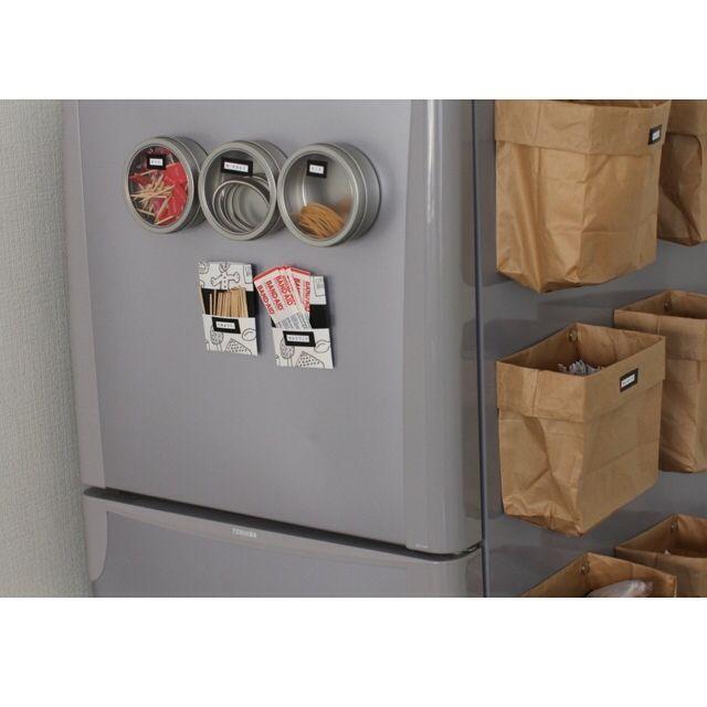 キッチン 冷蔵庫のドア 冷蔵庫の横 冷蔵庫周り 冷蔵庫のマグネット