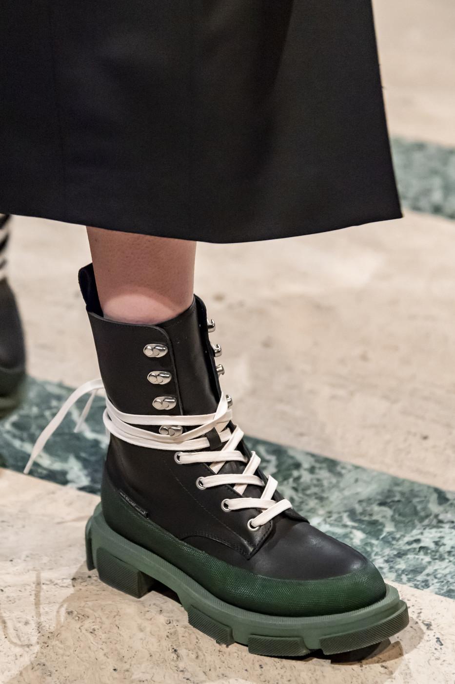Monse At New York Fashion Week Fall 2020 Fashion Shoes Monse Trending Shoes