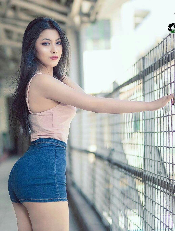 Su Hlaing Win Most Beautiful Models Beautiful Women Sexy Teens Asian Beauty