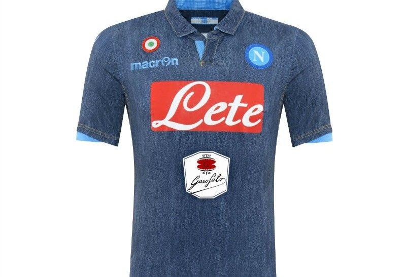 Esta es la nueva camiseta del Napoli.  56dc3f2834ca4
