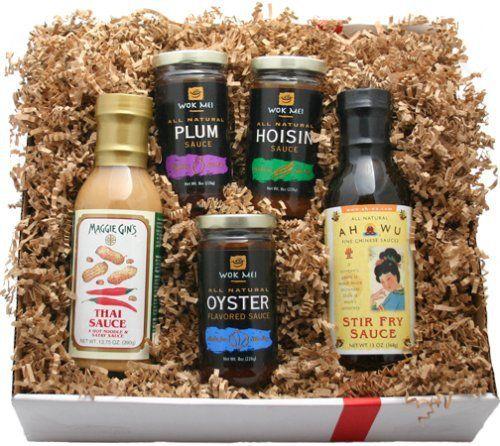 Deluxe Asian Gourmet Gift Box - http://mygourmetgifts.com/deluxe-asian-gourmet-gift-box/