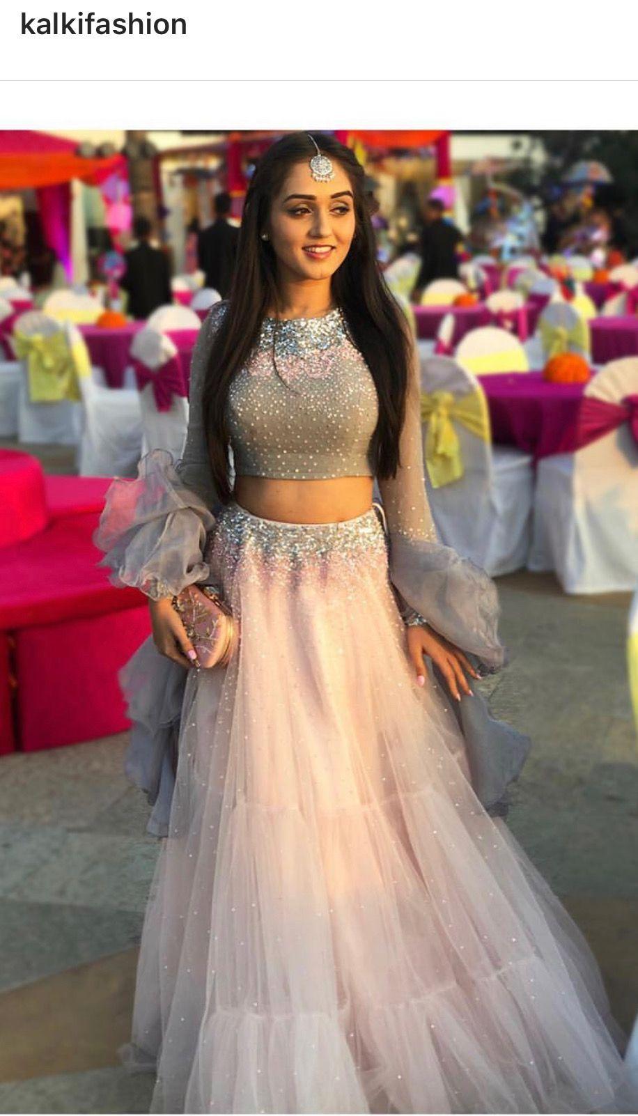 Pin By Gul Afsha On Wedding Saree Blouse Lehenga Inspiration Lehnga Dress Indian Gowns Dresses Designer Dresses Indian