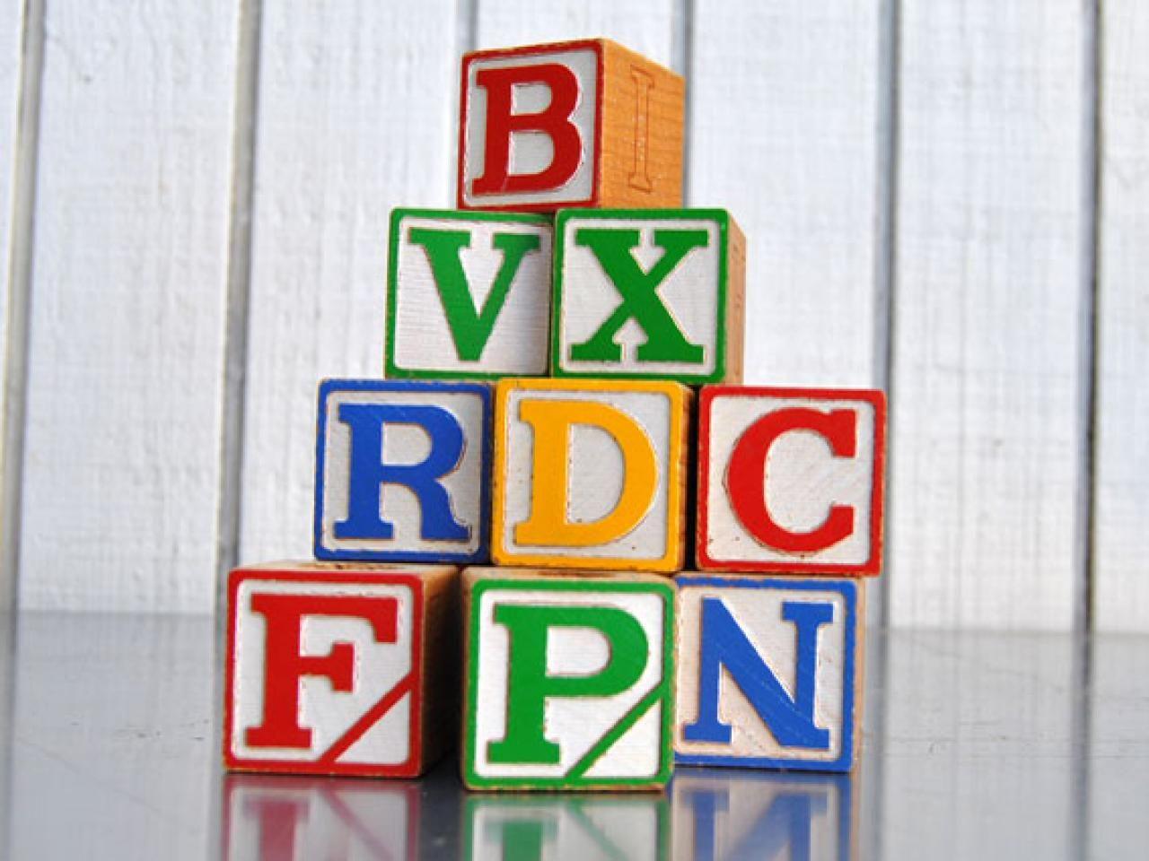 How To Make A BuildingBlock Hat Rack For Kids  Letter Blocks