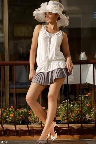 legs mini skirt Sexy long