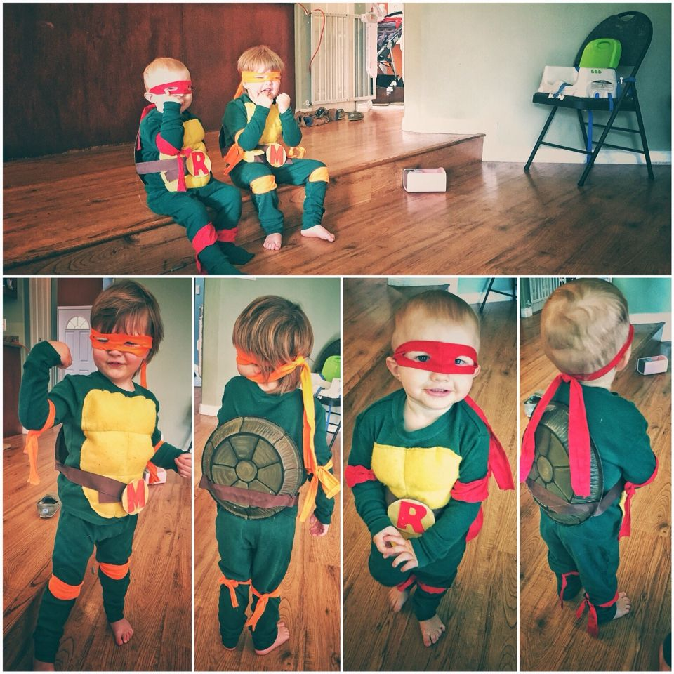 Toddler Teenaged Mutant Ninja Turtle costumes! I used this link as a guide for making : ninja turtle costume toddler  - Germanpascual.Com