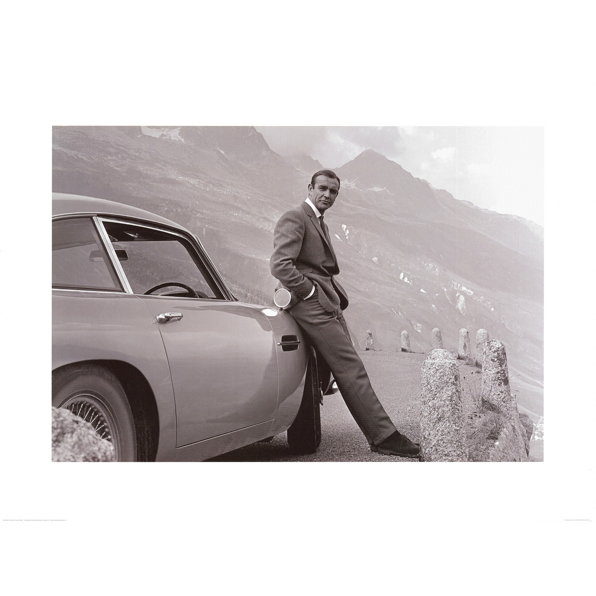 James Bond: Aston Martin Framed Art Print