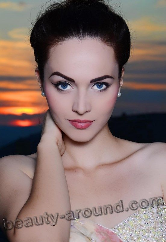 Bosnian glamour nude woman pict