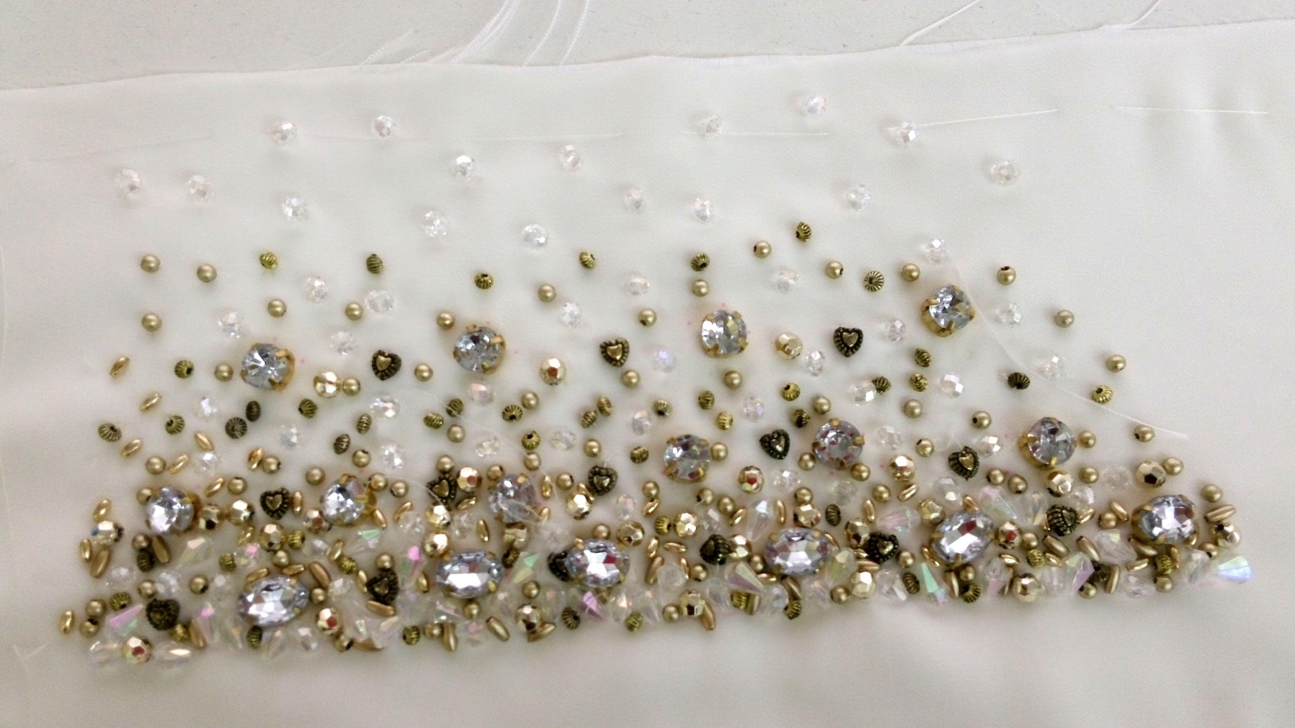 Dando forma al dise o del bordado que realzar tu vestido - Diseno alta costura ...