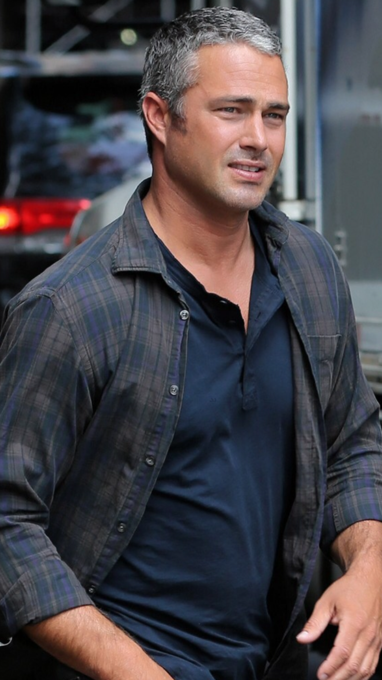 Ah he is beautiful | Deliciousness | Taylor kinney chicago ...