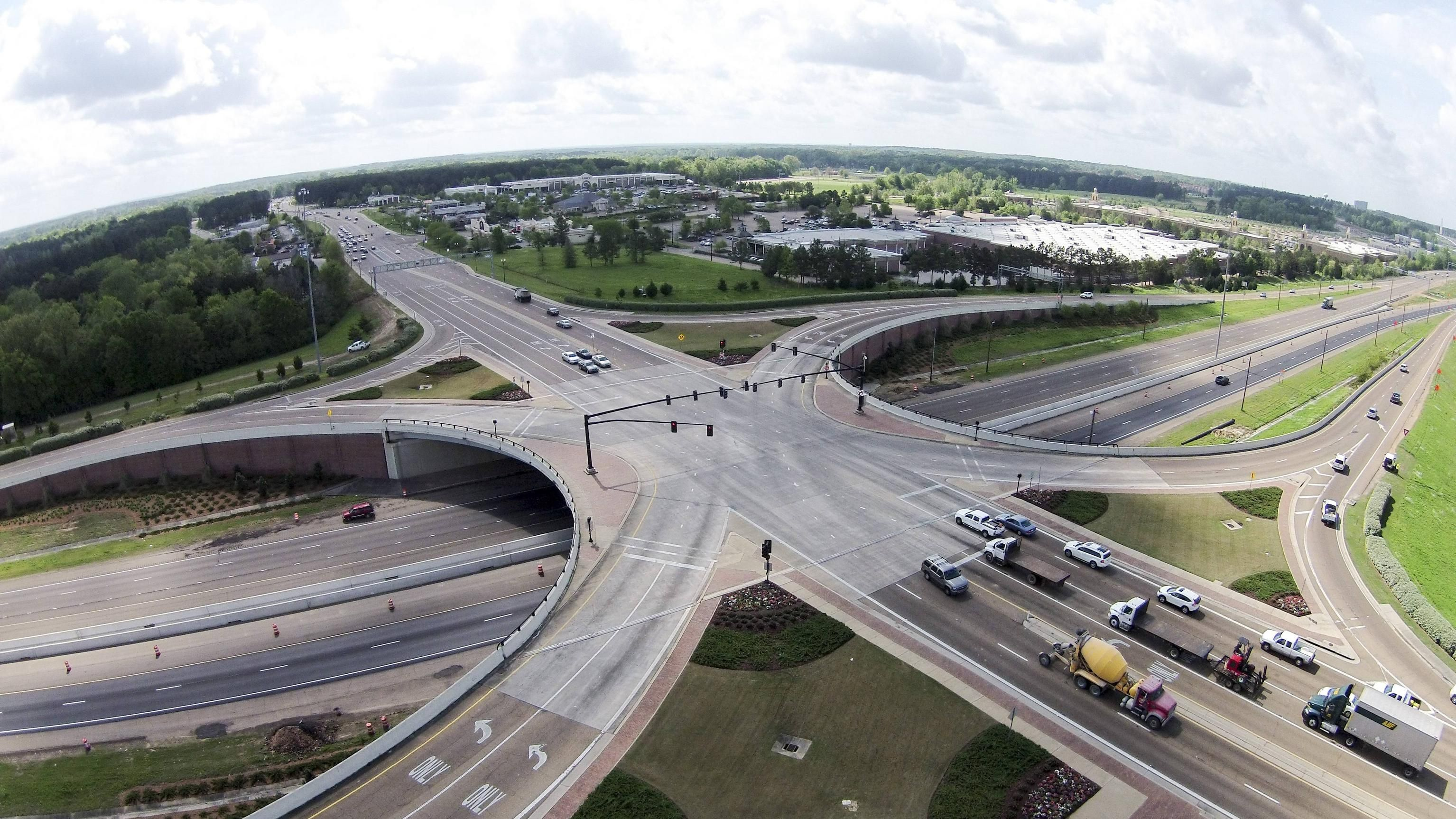 The cost of interchanges on the capital Aminevskoe highway was reduced to 4 billion rubles 3