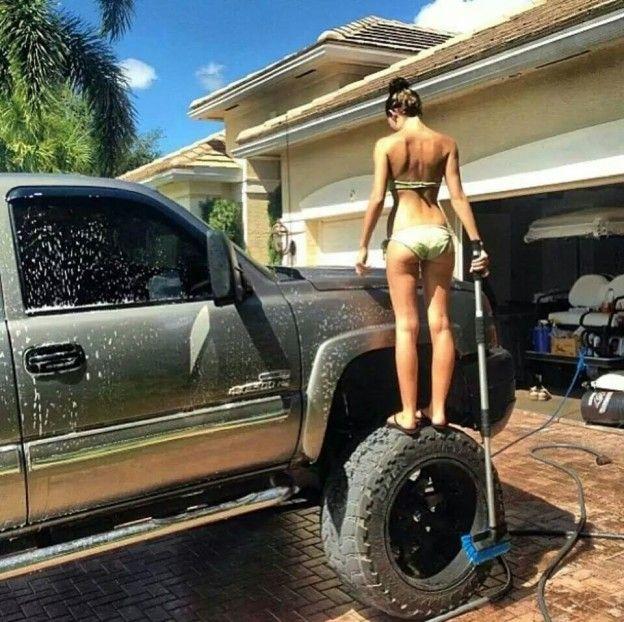 Bikini girls with ford trucks