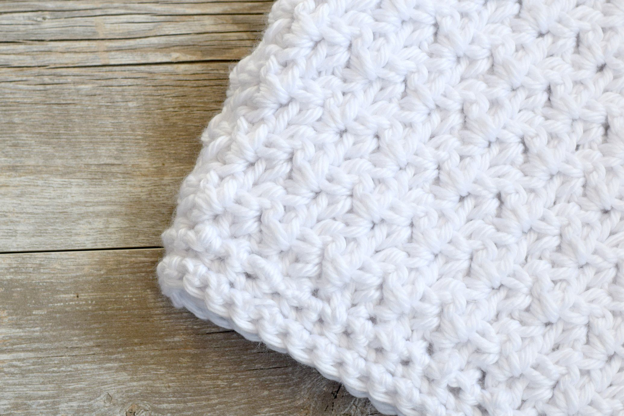 This is an adorable and free crochet baby blanket pattern. | baby ...